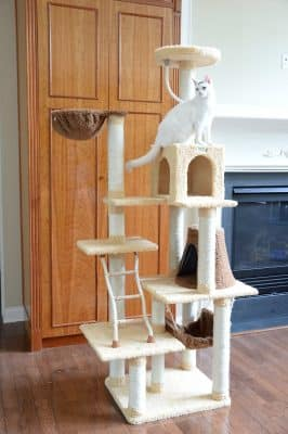 Ultra-soft Faux Fleece Cat Tree