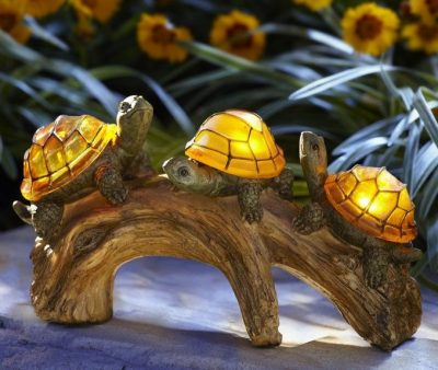 Moonrays Turtles on a Log Solar-Powered Outdoor LED Light