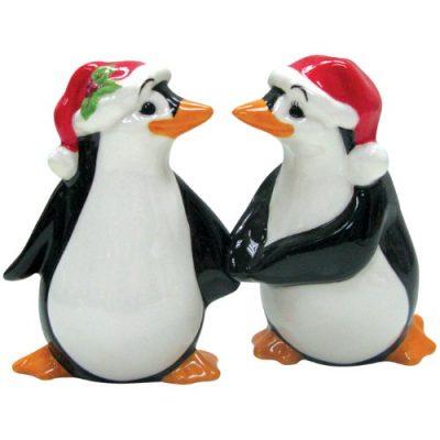 Westland Giftware Mwah Magnetic Christmas Penguins Salt and Pepper Shaker Set