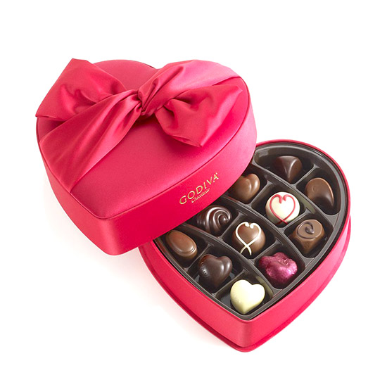 GODIVA Chocolatier Small Valentines Day Keepsake Heart 15 Pieces