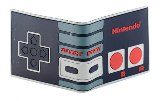 Nintendo NES Classic Controller Bifold Wallet (front and back)