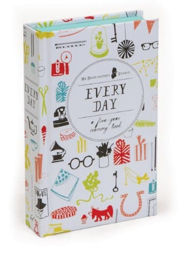 Every Day: A Five-Year Memory Book (Diary)