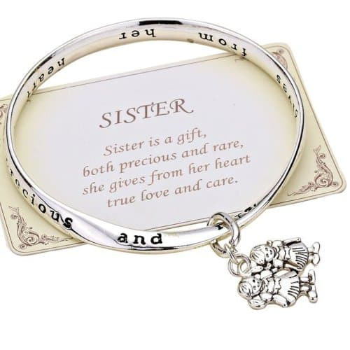8 Awesome Gifts to Get for Sister