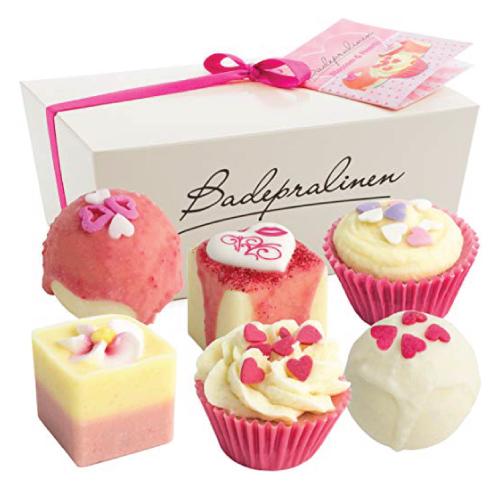 "BRUBAKER ""Blossom & Hearts"" Spa Bath Bombs Gift Set"