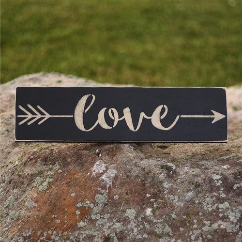 Love Arrow Decorative Wood Sign
