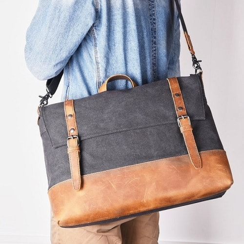 Stylish messenger bag perfect for classes. Off to college gift ideas for guys.