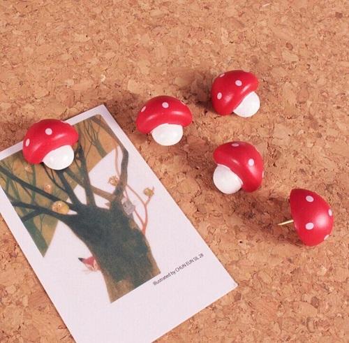 Red Mushroom Push Pin