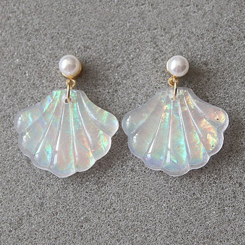 hic Faux Pearl Seashell Stud Earrings
