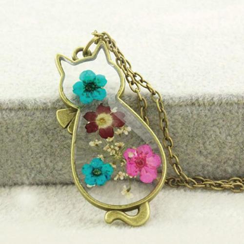 Dried Flowers Cat Shape Pendant Necklace